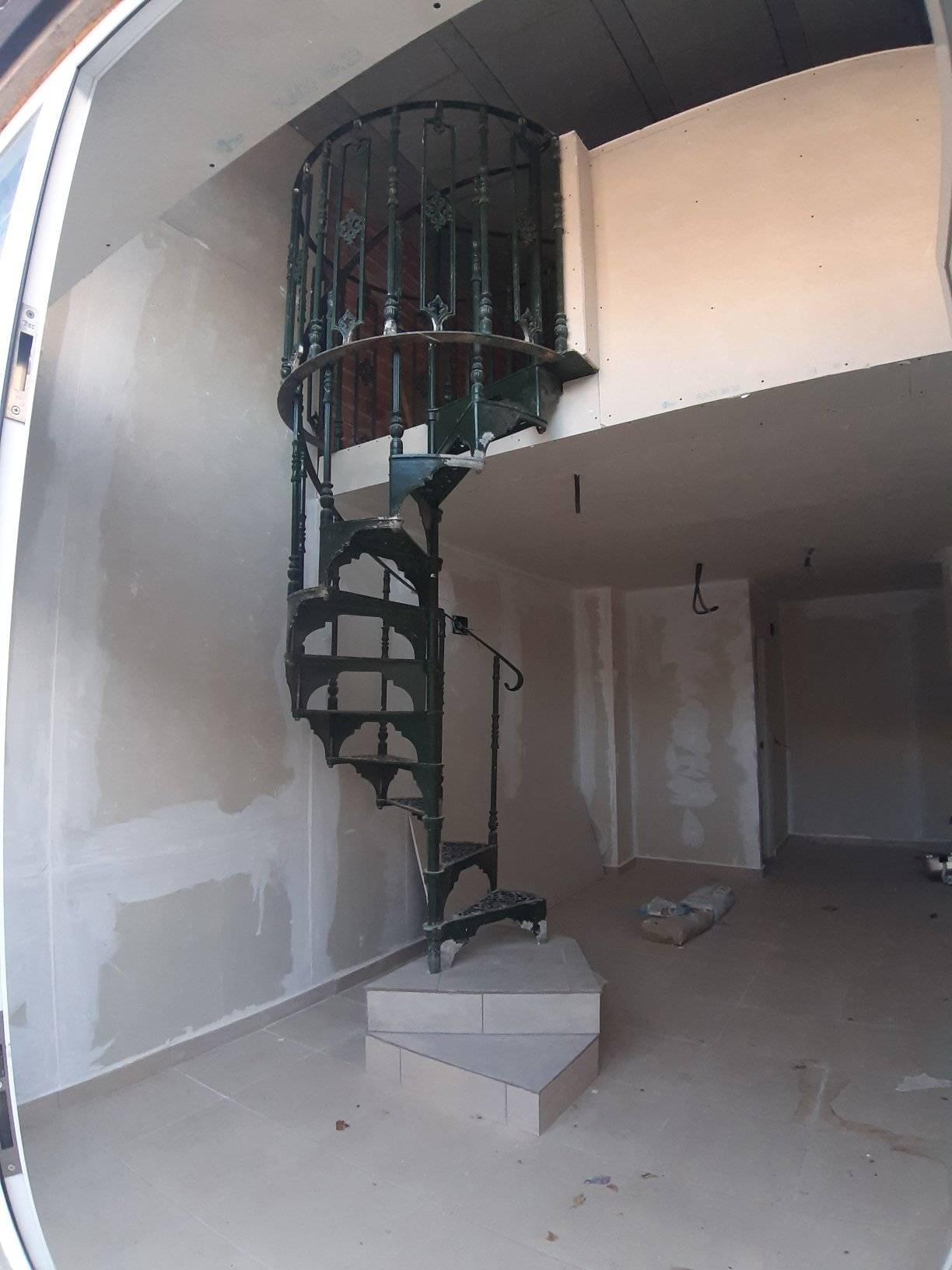 Office for sale on Calle Rio Nalon , Los Alcazares